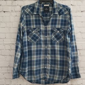 Amber Eagle Boyfriend Fit Flannel Shirt Size Large